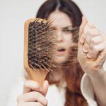 Выпадение волос: причины проблемы и способы ее решения